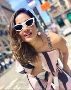 Hina Khan Phone Number