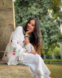 Noor Afshan Phone Number