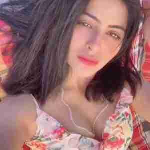 Yukti Kapoor Phone Number